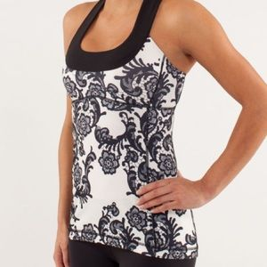 Lulu  Scoop Neck Tank Laceoflage Polar Cream Black